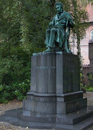 Photo de la statue de Kierkegaard à Copenhague
